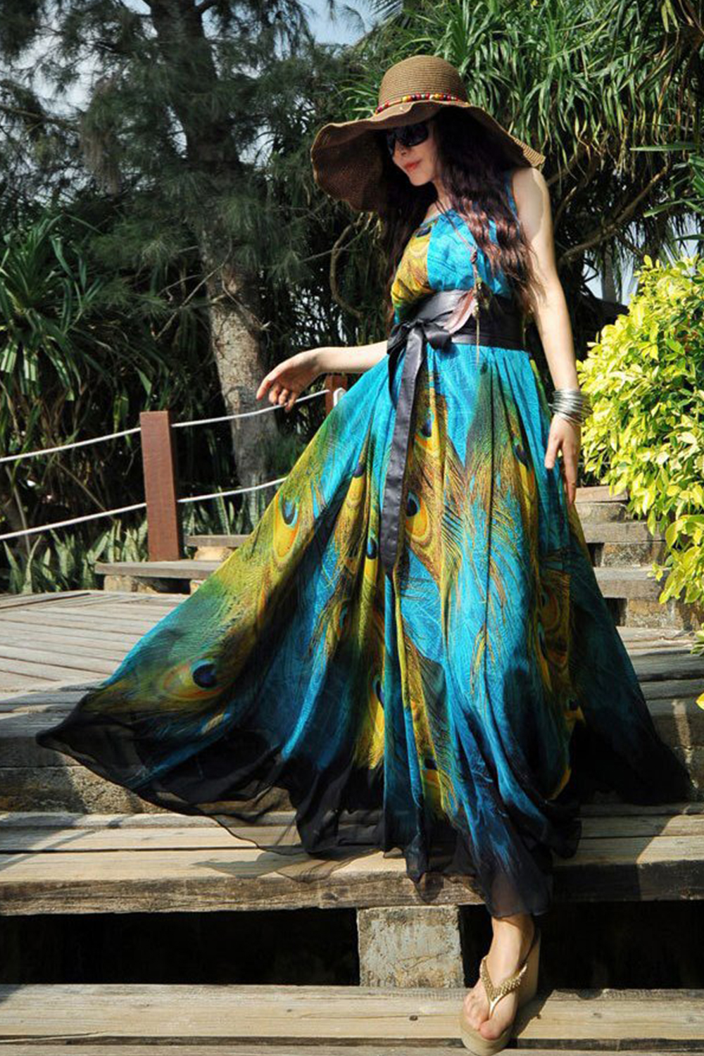 d6e49eb1b17 UNOMATCH WOMEN PLUS SIZE LOOSE FITTING LONG PEACOCK FEATHER PRINTED GOWN ...