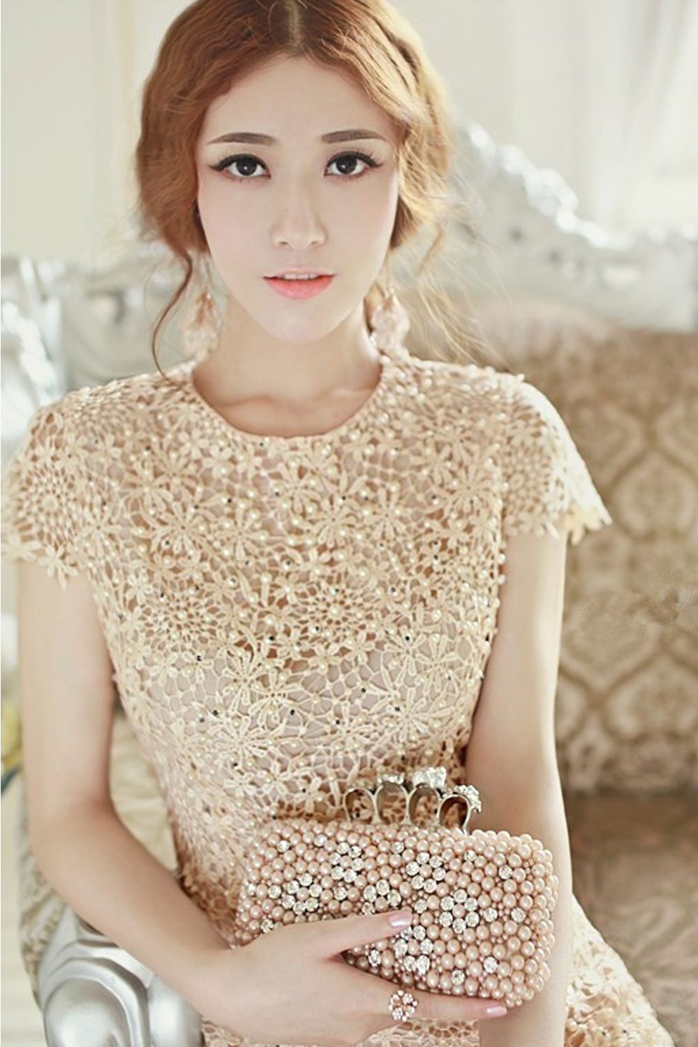 Womens stereo flower embroided short sleeves wedding dress for Beige short wedding dresses